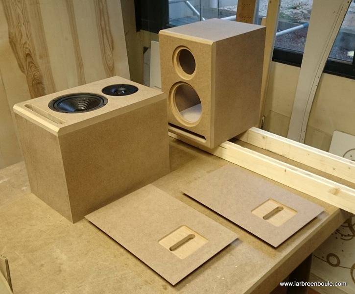 lyon fabrication d 39 enceintes. Black Bedroom Furniture Sets. Home Design Ideas