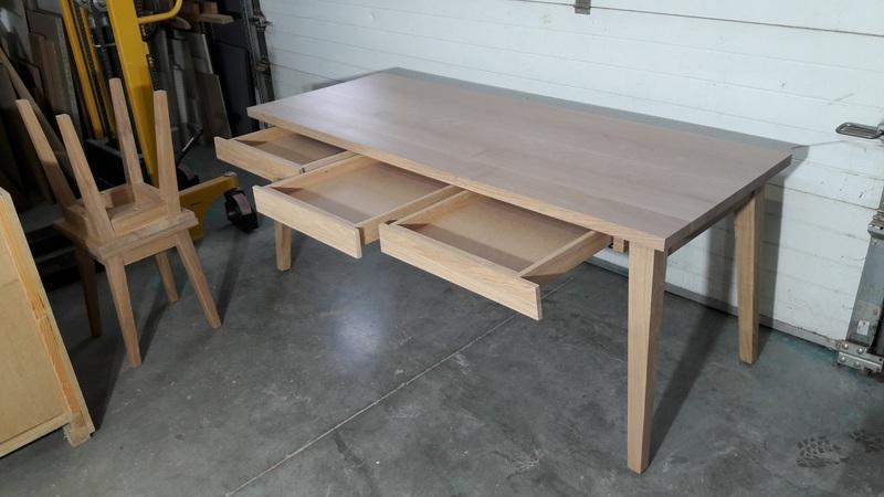 Cr ation et fabrication de tables pour la maison et le jardin for Plateau chene massif pour table
