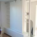 meuble TV bibliothèque panneaux fermés