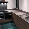 cuisine chêne béton ciré gris aberdeen four vapeur et four classique